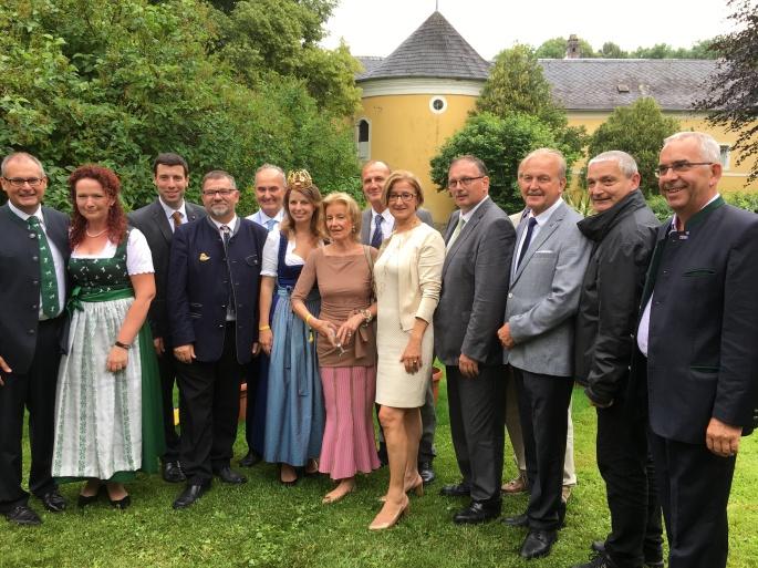 Gruppenbild LH Mikl-Leitner